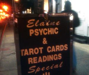 Sign for Elaine Psychic, Tarot Cards Readings, in Prince Street (SOHO, Manhattan, NY)
